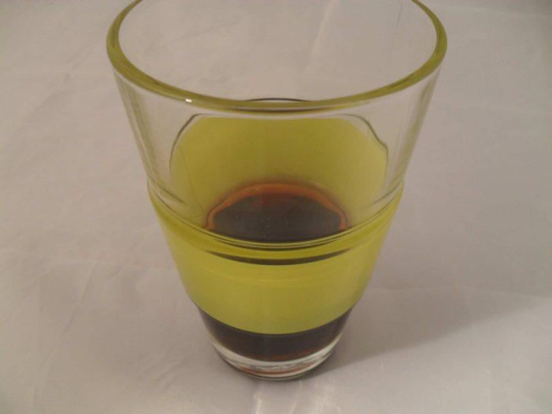 dickes-wärmeisolierendes-Glas